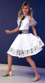 Piano notes costume